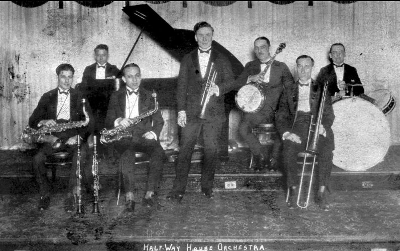 The main figures of jazz in chicago hit the road jazz for Orchestra house